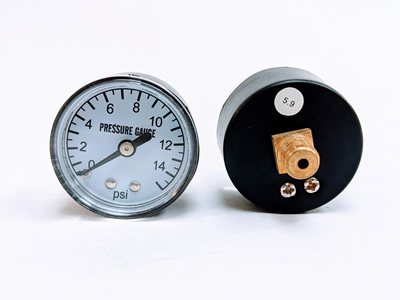 Screw in Pressure Gauge kit for select kerosene forced air models.